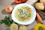 Supă de găină cu tăiței de casă